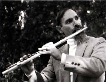 """Schawkie Roth on """"Flute & Harp for Christmas"""""""