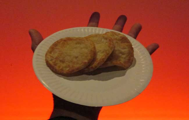 Pancakes & orange light: a dramatic pose