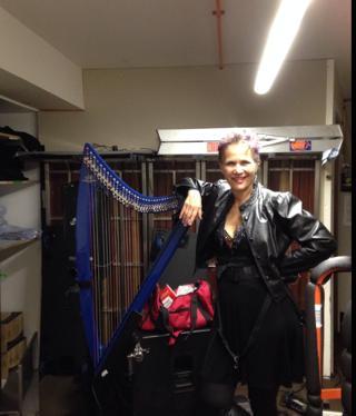 sydney-operabar-dressingroom1-EmmaGraham
