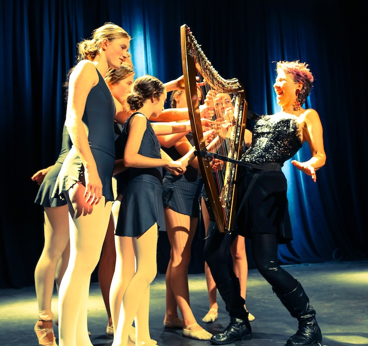 surprise-harp-with-dancers-smaller