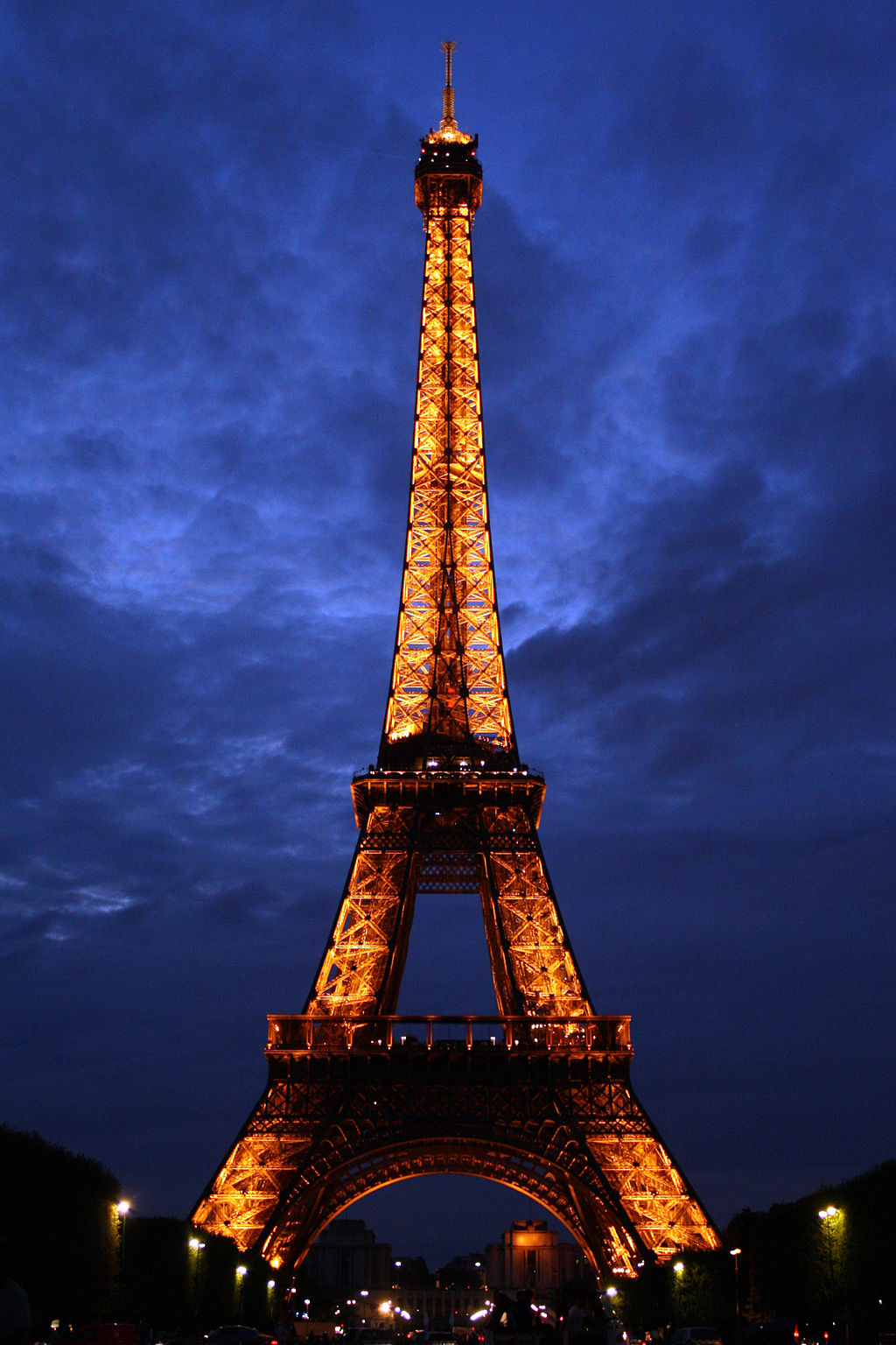 Eiffel Tower - Image by Matt Girling